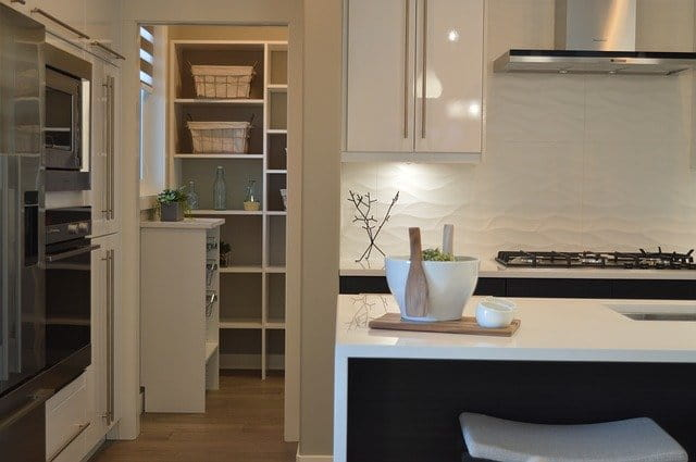 Freestanding Kitchen Pantry Cabinets reviews
