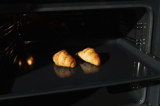 How to preheat Oster toaster ovens