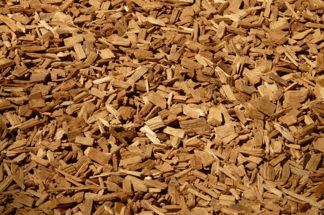 Use Wood chips in a Charcoal Grill